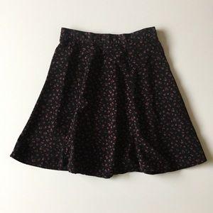 Vintage 90s Black & Red Floral Skater Skirt Size L